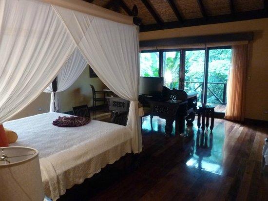 Rio Celeste Hideaway Hotel: Very large rooms