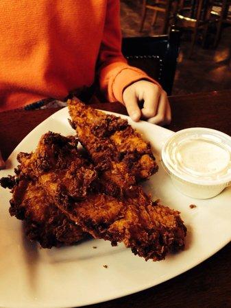 Grace O'Malley's Irish Pub : Chicken strip appetizer- good size