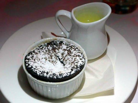Cafe Claude: Moelleux Au Chocolat