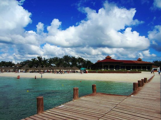 Occidental Cozumel: The Beach/Lunch Beachfront