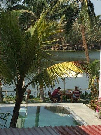 Riverside Garden Villas: viem from my bacony