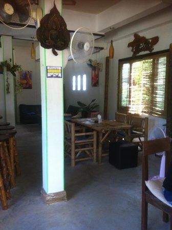 The Living Room Italian Restaurant - Thong Nai Pan Yai: bamboo