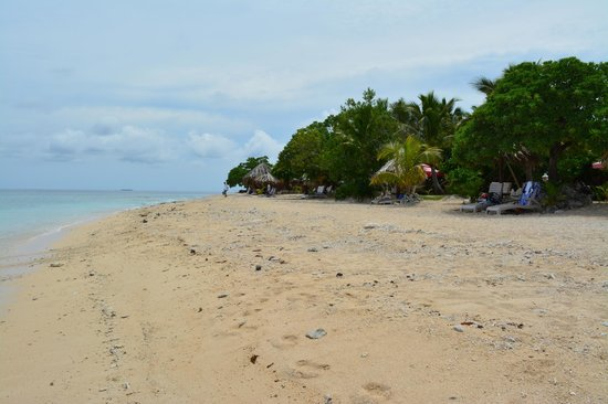 South Sea Island Accommodation: Beach