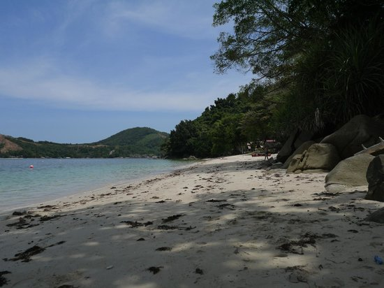 Manana Borneo Resort: View from the other side of the beach