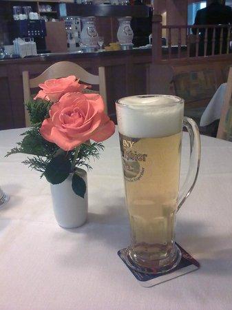 Hotel-Gasthof Bären: Good beer too