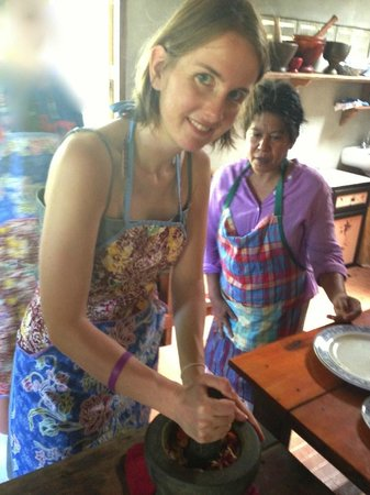 Mina's Cooking Classes: Working on curry paste.