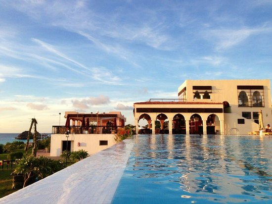 Hideaway of Nungwi Resort & Spa: the swimming pool