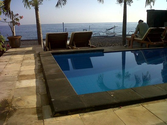 Lucky Paradise Bungalows : pool