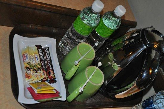 Best Star Resort : воду ставили ежедневно в номер