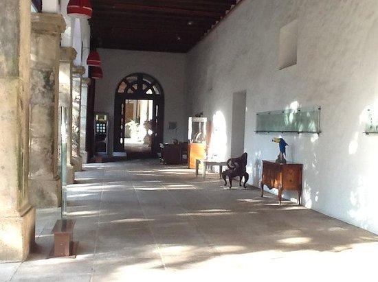 Pestana Convento do Carmo Bahia : Corredor