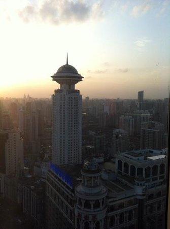 Le Royal Meridien Shanghai: Evening view.