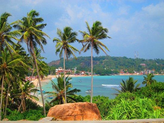 Mini-Hotel VillaWatuna: Вид на пляж Унаватуны