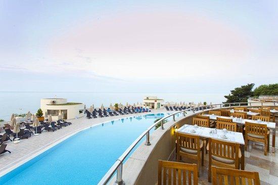 Melas Resort Hotel: Restaurant terrace view