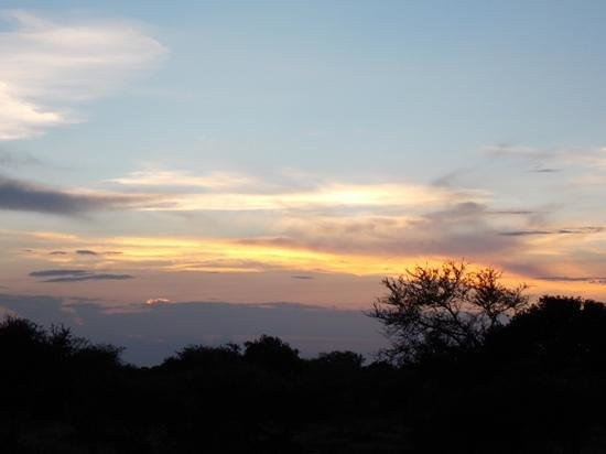 Lion Sands - Tinga Lodge: Sunset...wonderful.