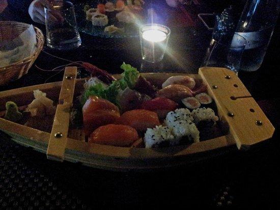 Spettacolo bild fr n ristorante giapponese lakhu for En ristorante giapponese