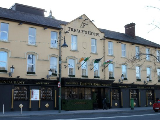 Treacys Hotel Waterford : Front of Hotel