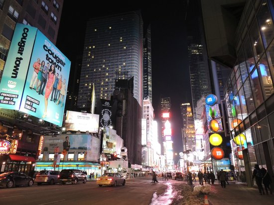 times square bild fr n times square new york tripadvisor. Black Bedroom Furniture Sets. Home Design Ideas