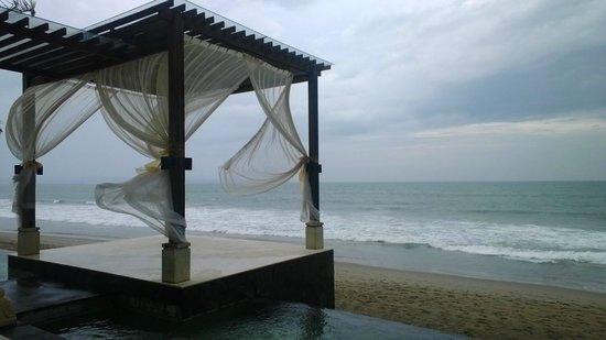 "The Seminyak Beach Resort & Spa: Where you say ""I do"""