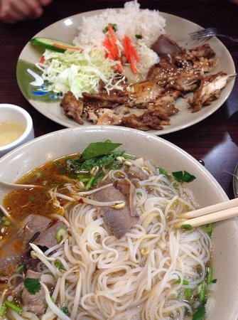 Paradise Vegetarian Noodle House: That's a really good pho place you should try, the rice there is also tasty as well. Just love t