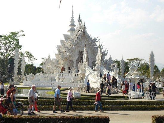 Wat Rong Khun : der weiße Tempel