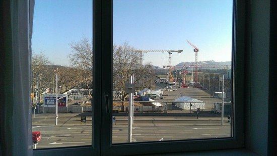 Novotel Bern Expo : Vue depuis la chambre