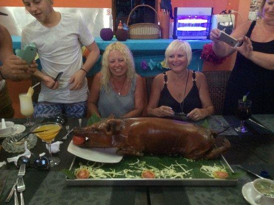 Yogi's Paradise and Grill : Jo & Deb ready to eat