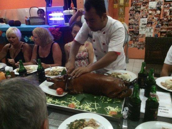 Yogi's Paradise and Grill : Yogi carving it up