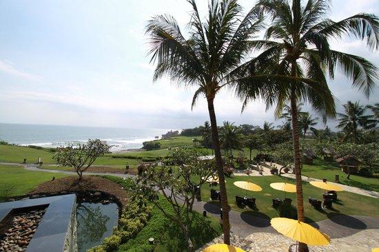 Pan Pacific Nirwana Bali Resort : エントランスからの景色