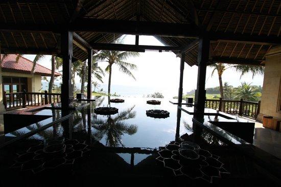 Pan Pacific Nirwana Bali Resort : エントランス