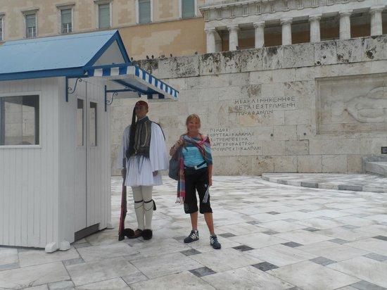 Hotel Solomou Athens: cambio de guardia