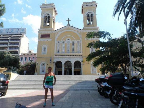 Hotel Solomou Athens: iglesia en Athenas