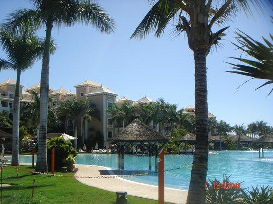 Gran Melia Palacio de Isora Resort & Spa : Piscina Lago