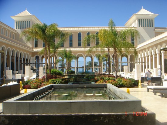 Gran Melia Palacio de Isora Resort & Spa : Plaza Atlántica
