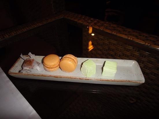 Issaya Siamese Club: More sweets