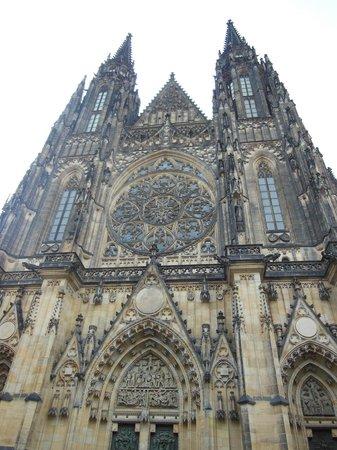 Château de Prague : prague castle cathedral