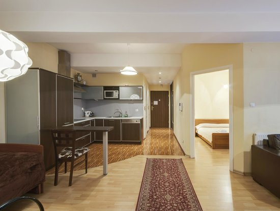 Abella Suites&Apartments: Apartment