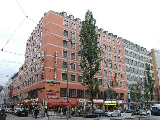Hotel Europaischer Hof: ミュンヘン中央駅の目の前です