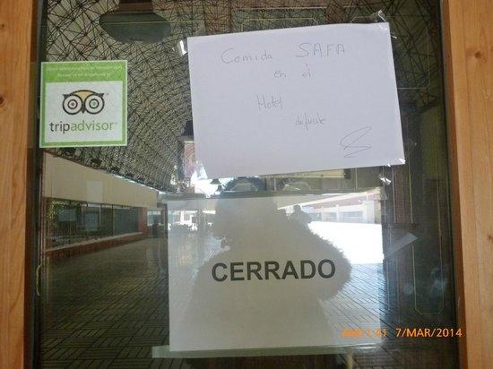 Weare Chamartín Hotel: Restaurante Cota 13  CERRADO !!!