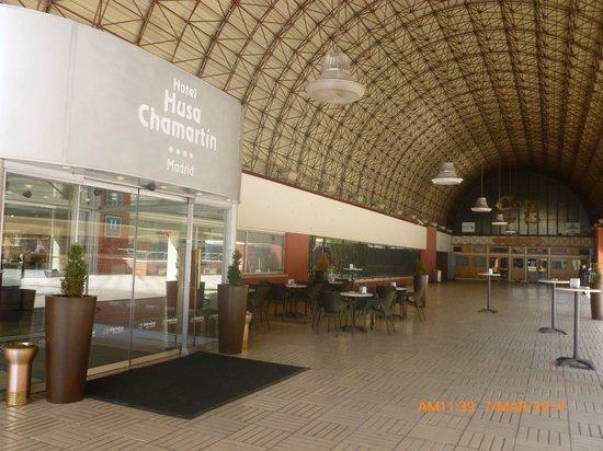 Weare Chamartín Hotel: El patio.