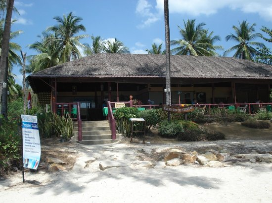Beyond Resort Krabi: résto sur la plage proche de l'hotel