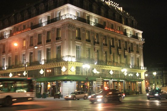 InterContinental Paris Le Grand : view from across the metro station