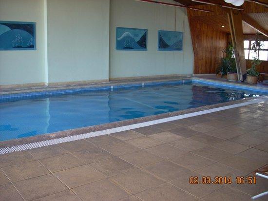NH Bariloche Edelweiss: piscina climatizada