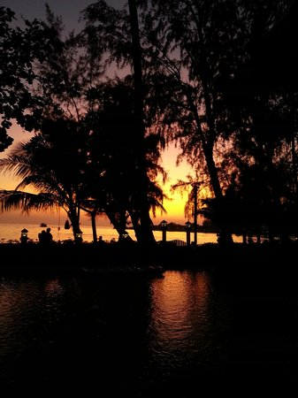 Koh Chang Paradise Resort & Spa : Sunset
