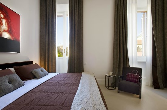 Piazza di Spagna 9 : Deluxe room