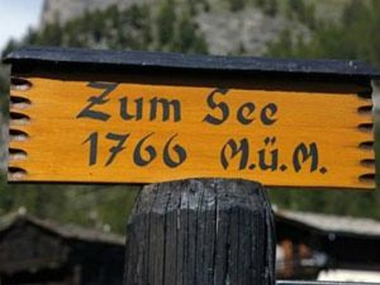 Restaurant Zum See: Located off the Furi track down to Zermatt