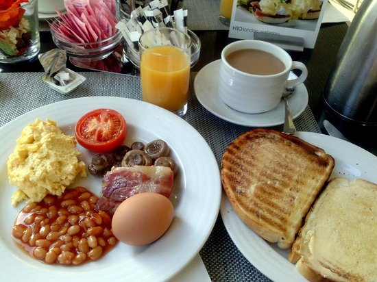 H10 London Waterloo: Full-on english breakfast