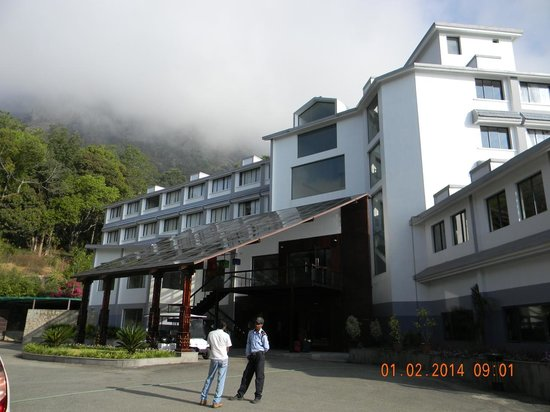 Sterling Munnar : front view