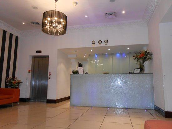 Shaftesbury Hyde Park International: The reception
