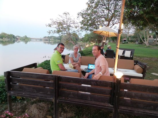 The Legend Chiang Rai : Chilling Lounge mit Blick zum River Kok