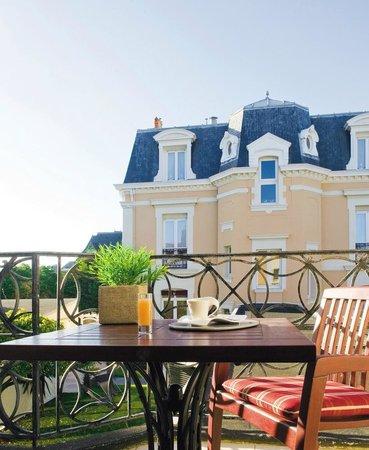 La Villefromoy : HOTEL VUE JARDIN